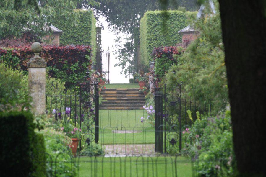 Havekig i haven ved Hidcote Manor