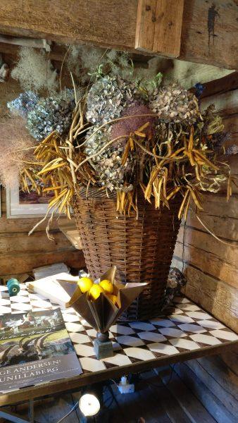 Blomsterdekoration på Gunillaberg
