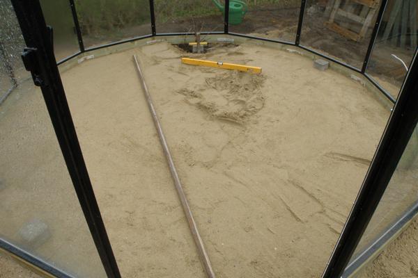 Gulvet rettes af i Classica Pavillon