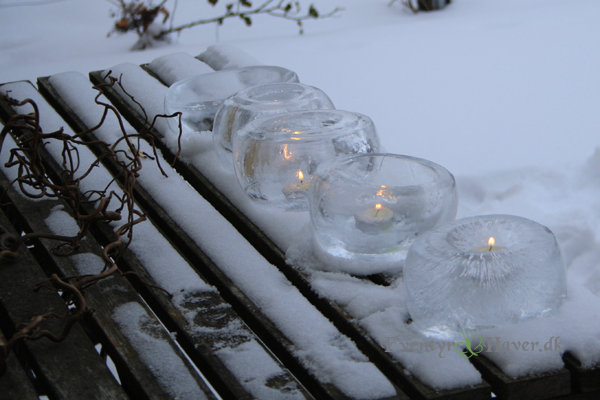 Opstilling med hjemmelavede islanterner / islygter med stearinlys
