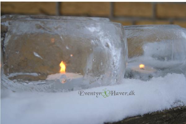 Vinterhygge med hjemmelavede lygter af is