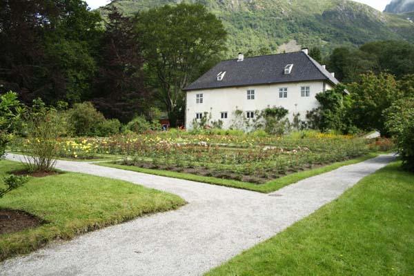 Det lille slot som er i Baroniet i Rosendal i Norge