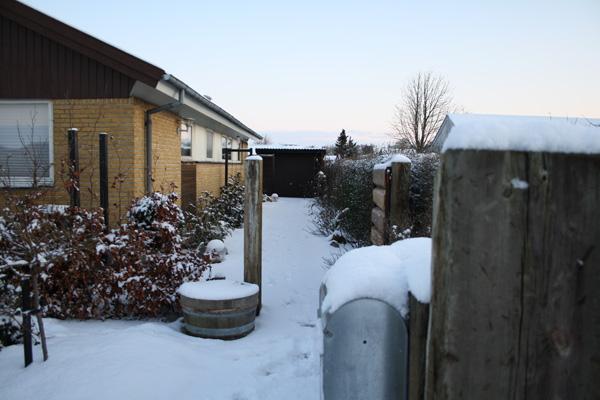 snedækket indgang til Eventyr Haver.