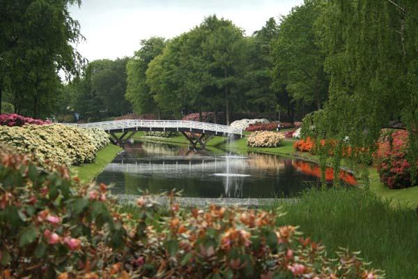 Så smukt et kig fra scenen til den skønne hvide bro